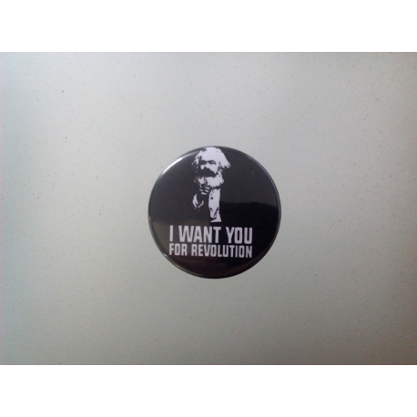"Button ""Marx Revolution"""